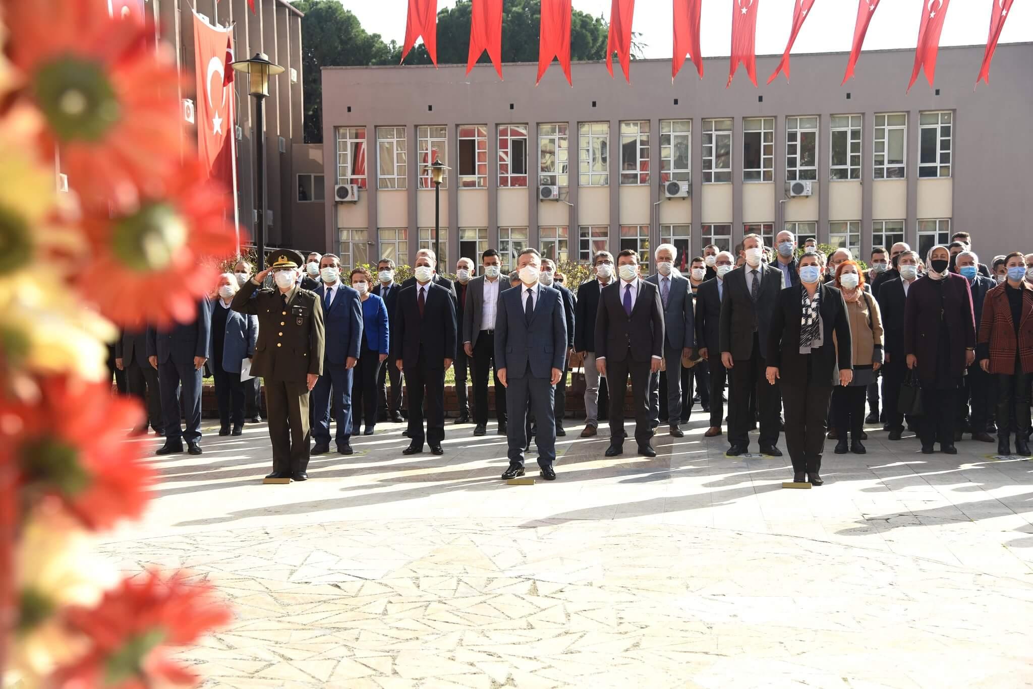 03.02.2021 Aydın Ticaret Borsası Meclis Başkanı A.Bahri Erdel, Atatürk'ün Aydın a Gelişinin 90. Yıldönümü Dolayısıyla Düzenlenen Anma Programı'na Katıldı