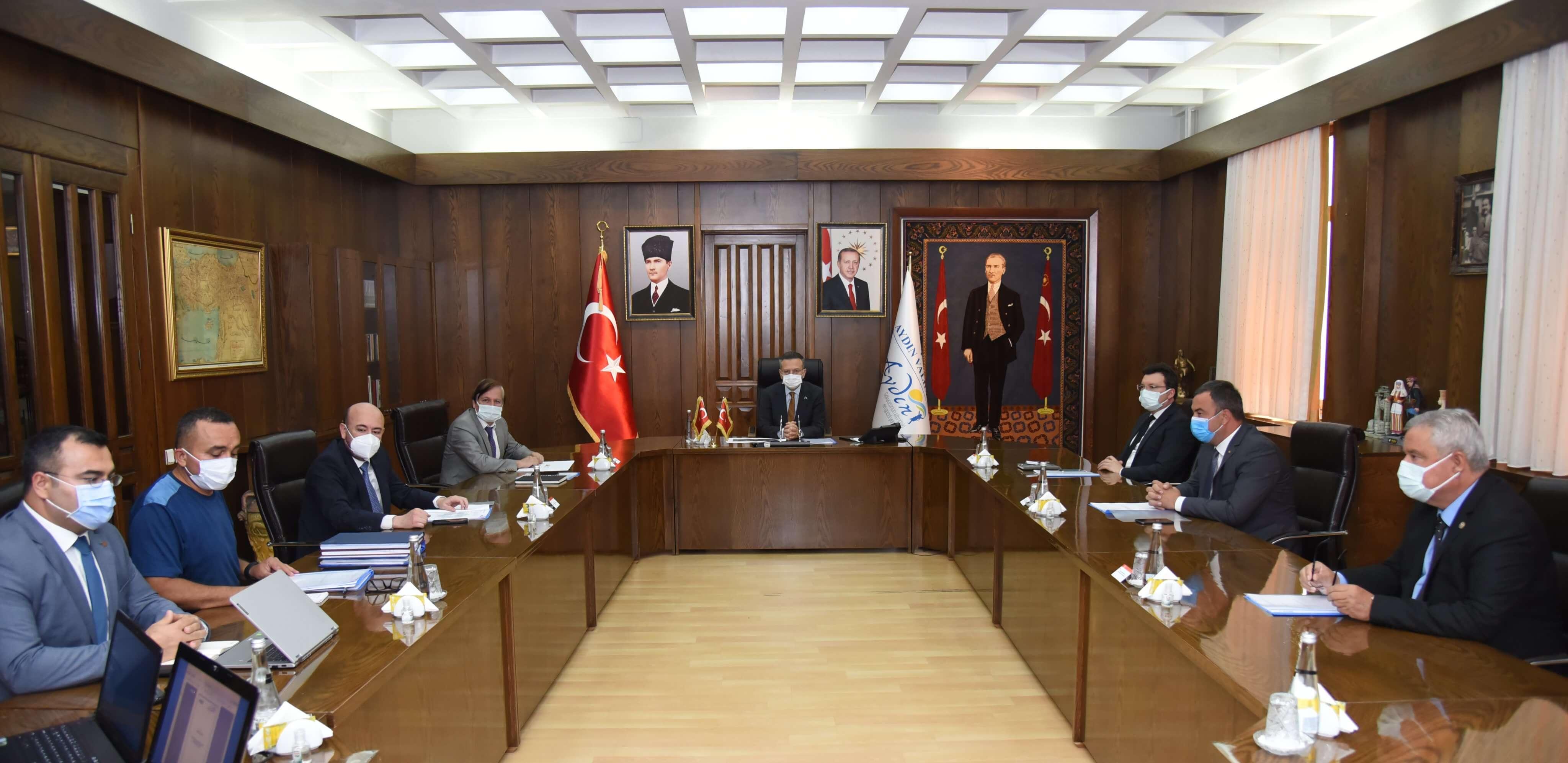 29.04.2021 Aydın Valiliği'nde Kadıköy Tarıma Dayalı İhtisas Sera Organize Sanayi Bölgesi Yönetim Kurulu Toplantısı Yapıldı